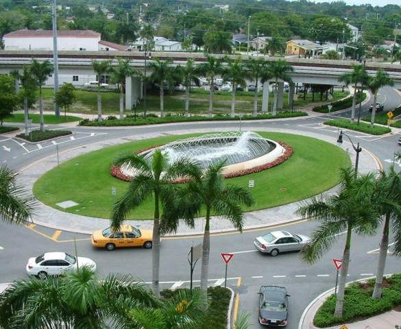 Ponce de Leon Boulevard Roundabout